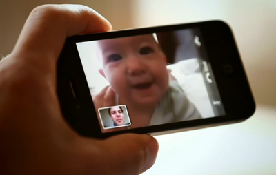 apple_iphone4_facetime_ad_video